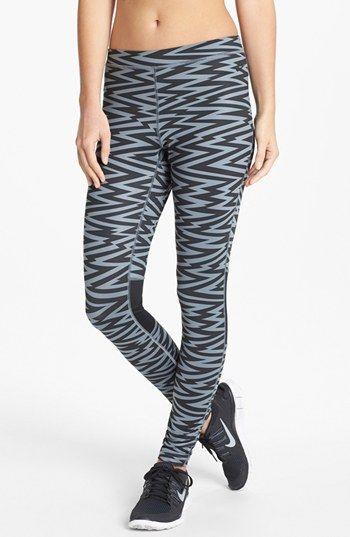Nike 'Amplify' Print Leggings