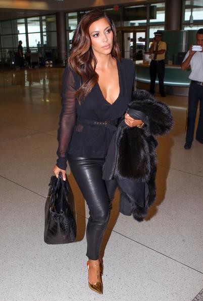 Kim+Kardashian+Kim+Kardashian+Airport+Miami+YM6vCtViIy8l