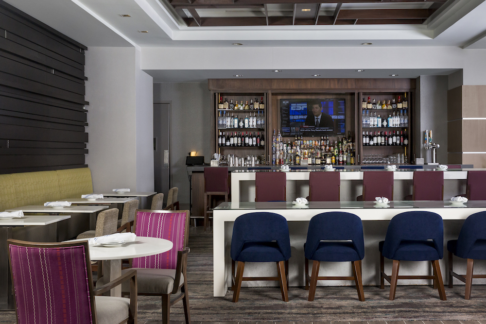 Crowne Plaza Atlanta Midtown – NEXT Bar & Restaurant